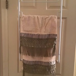 Other - Towel Rack